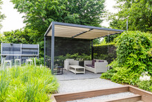 Garden Design With Grey Metal ...