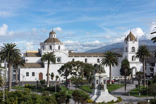 Foto op Plexiglas Zuid-Amerika land Cathédrale de Latacunga, Équateur