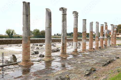 Photo archaeological area of Aquileia, ancient Roman city and UNESCO world heritage, I
