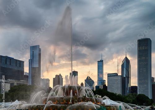 Fototapeta Buckingham fountain in Grant Park, Chicago obraz na płótnie