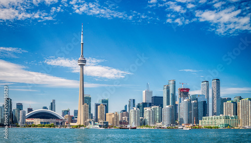 Montage in der Fensternische Kanada Skyline of Toronto in Canada