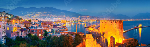 Fotobehang Turkije Panoramic view of Alanya harbour at night. Alanya, Turkey