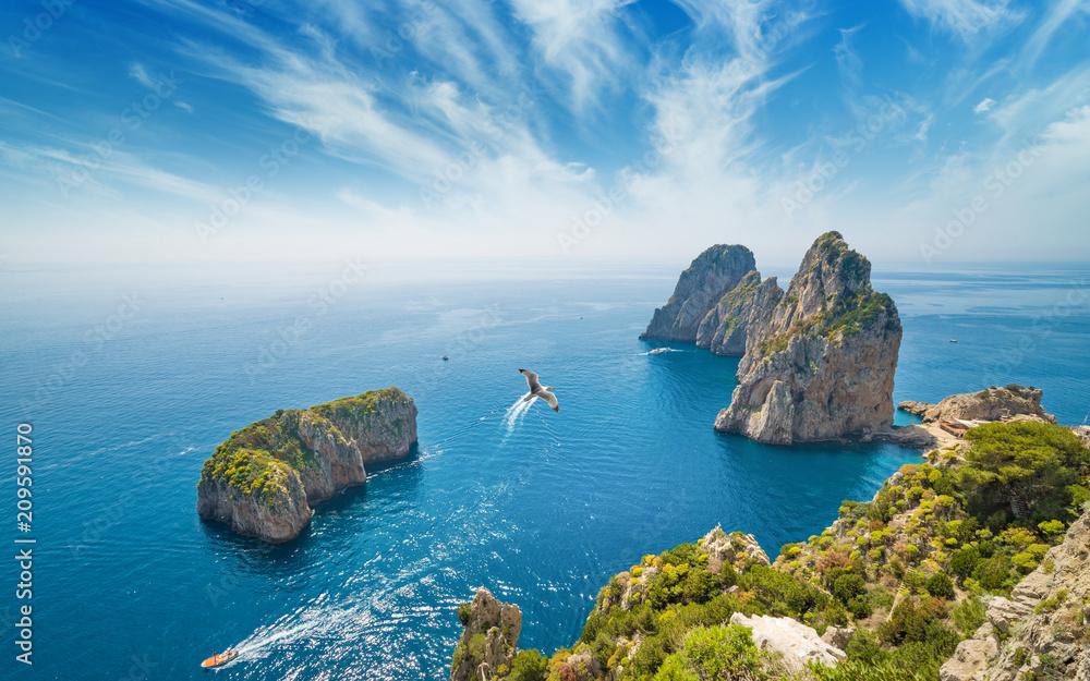 Fototapety, obrazy: Famous Faraglioni rocks, Capri island, Italy