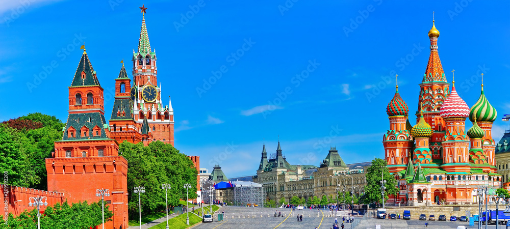 Fototapety, obrazy: View of Kremlin and Red Square in summer in Moscow, Russia.