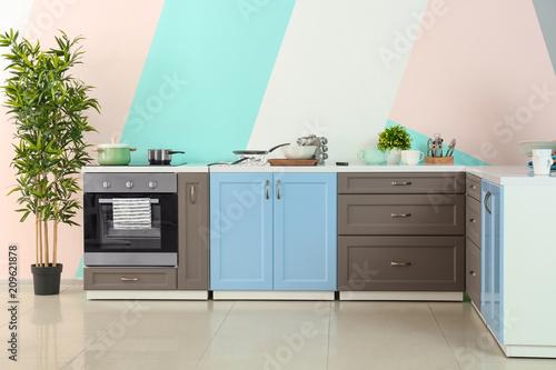 Modern Kitchen Furniture On Color Wall Background Kaufen Sie Enchanting Modern Kitchen Furniture Pictures