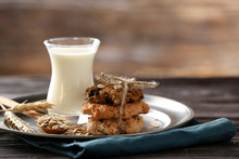 Plate With Tasty Oatmeal Cooki...