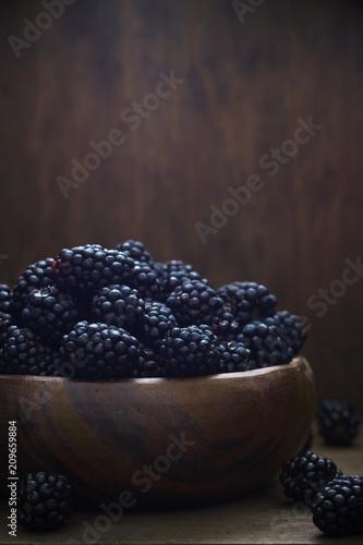 Blackberries in wood bowl