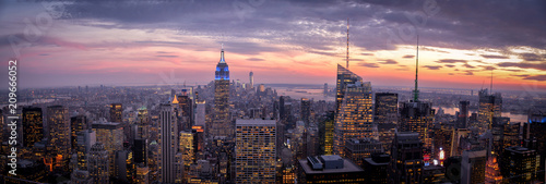 Top of The Rock Canvas-taulu