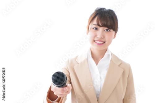 Valokuva  インタビューをする女性