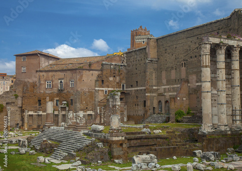 Fotografie, Obraz  Ancient ruins at Foro Trajano