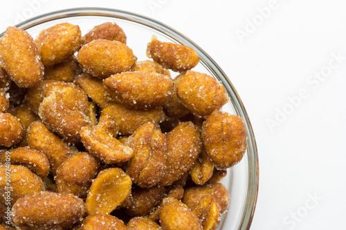 Deurstickers Voorgerecht Cacahuetes fritos con miel