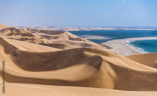 Fotobehang Kust The Namib desert along side the atlantic ocean coast of Namibia, southern Africa
