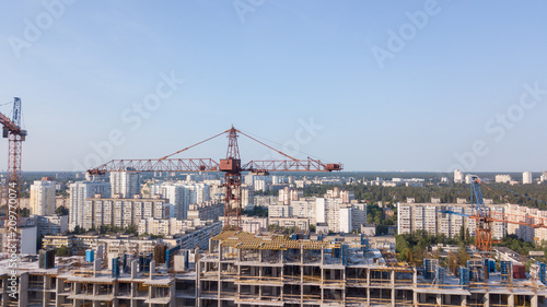 Tuinposter Las Vegas Aerial view on the building with construction cranes