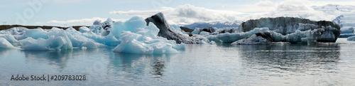 Printed kitchen splashbacks Glaciers Panorama view from the Glacier lagoon Jökulsarlon in Iceland