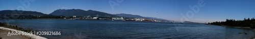 Huge panorama of the Vancouver waterfront from Stanley Park showing the lionsgat фототапет