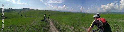 Fotografía panoramica in mountain bike