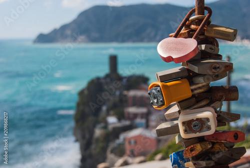 Fotografie, Obraz  Padlocks with Doria castle in Vernazza