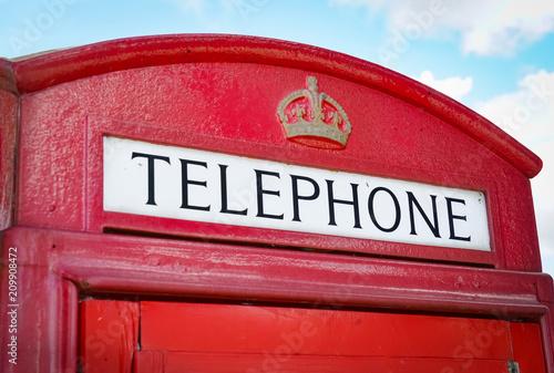 Fototapeta  Klassische, britische, rote Telefonzelle, Bildausschnitt