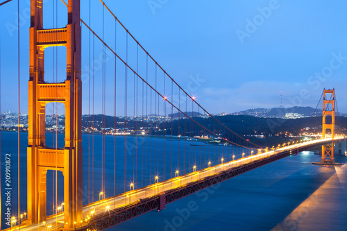 Spoed Foto op Canvas Groen blauw The Golden Gate Bridge, San Francisco, California, USA