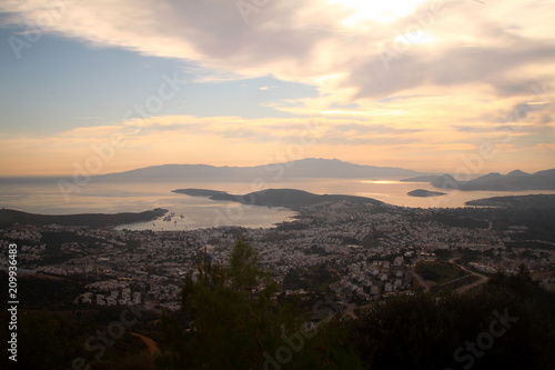 Spoed Foto op Canvas Grijze traf. A small seaside town Turgutreis
