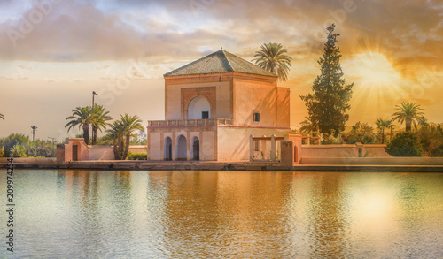 Cuadros en Lienzo Menara Pavilion and Gardens of  Marrakesh, Morocco.