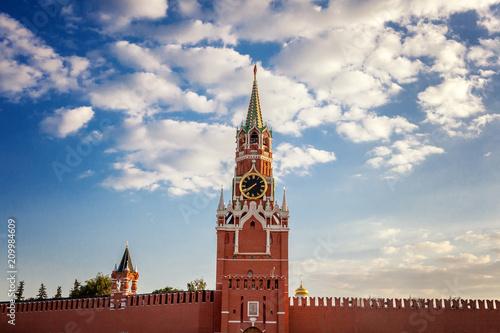In de dag Aziatische Plekken The Grand Kremlin Palace and Kremlin wall. Summer evening. Moscow. Russia
