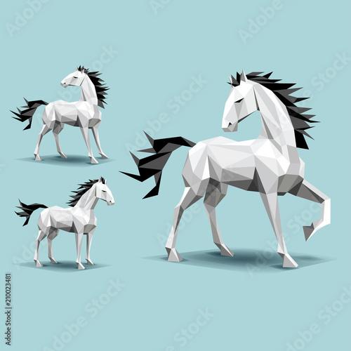 trzy konie, kształty niskich wielokątów, na tle turkusowy, stojąc, nogi w górę, cienie, patrząc wstecz