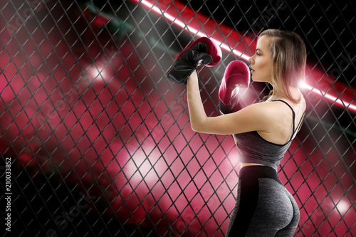 Photo  Adorable young blomde girl mma fighter
