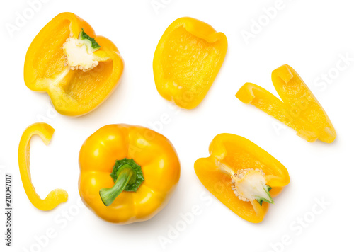 Papel de parede Yellow Peppers Isolated on White Background