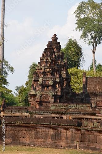 Tuinposter Bali Banteay Srei angkor cambodia ancient sculpture relief