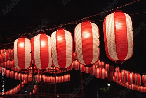 Japanese festival paper lanterns at night 夏祭りの提灯