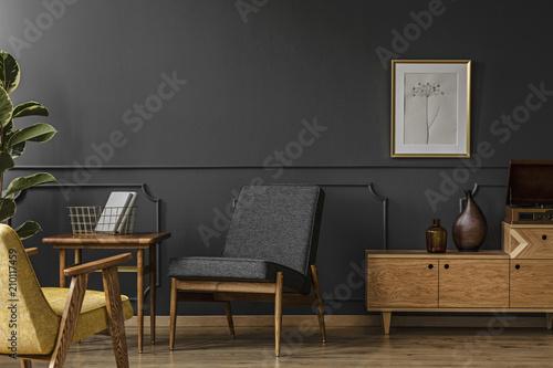 Fotomural  Wooden furniture in vintage room