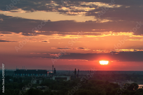 Staande foto Cappuccino Sunset in Nizhny Novgorod, in the industrial and commercial zone