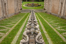 Giardini A Palazzo Farnese