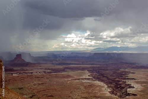 Foto op Plexiglas Diepbruine Afternoon Storms Over Canyonlands National Park in Utah
