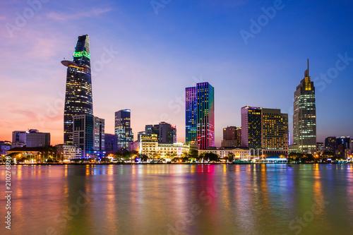 Spoed Foto op Canvas Asia land Ho Chi Minh city skyline