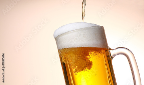Staande foto Bier / Cider 生ビール
