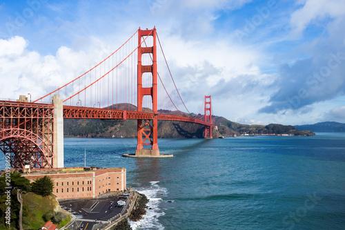 Golden Gate Bridge w ciągu dnia