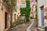 Fototapeta Uliczki - Lourmarin, Vaucluse, Provence, France: ancient alley in the old town
