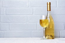 White Wine Bottle And Glass Fo...