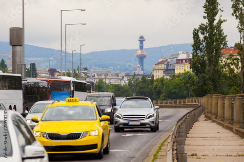 Traffic in Vienna road