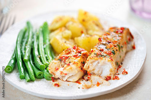 Fototapeta Tomato & basil chargrilled cod with green beans and potatoes  obraz