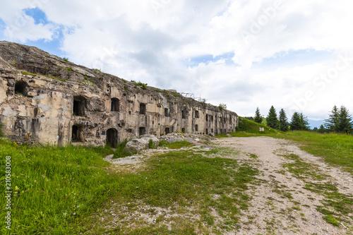 Papiers peints Fortification Forte sommo alto folgaria