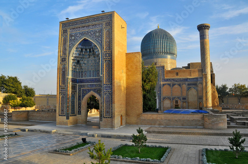 Fotografia Gur-Emir mausoleum of Tamerlane (Amir Timur) and his family in Samarkand, Uzbeki