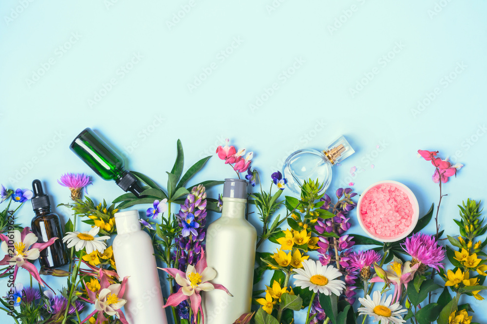 Fototapety, obrazy: Natural Cosmetics set. Organic products and wild herbs and flowers