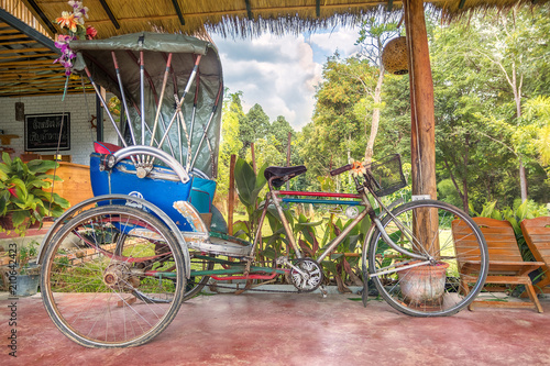 Foto op Aluminium Xian old vintage tuk tuk in thailand