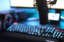 Streaming Microphone In Front ...