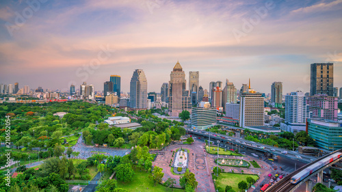 Tuinposter Asia land Bangkok city skyline with Lumpini park from top view in Thailand