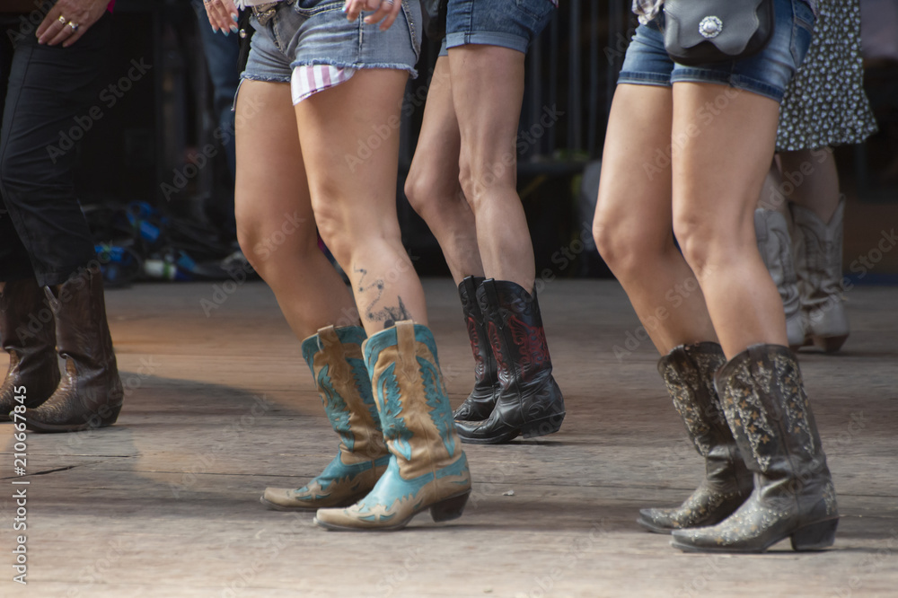Fototapety, obrazy: Country Line dancer's