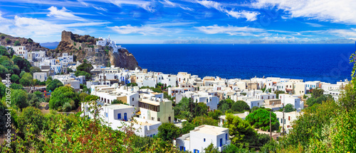 Fotografía  beautiful Greek islands - Nisyros (Dodecanese) panorama of Mandraki village with